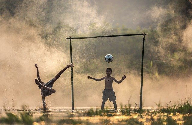 Top Tips And Techniques To Polish Your Football Skills