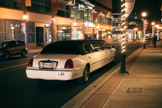 Why You Should Hire a Limo for Your Special Occasion